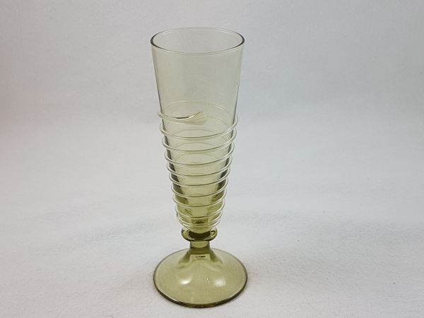 Schnaps,-/Likörglas 15.Jahrhundert